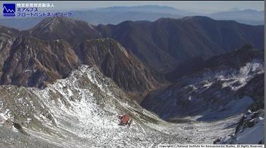槍ヶ岳山荘のライブカメラ