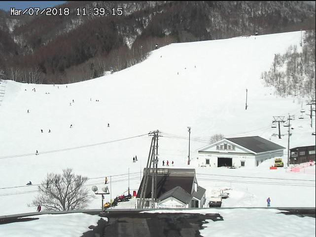 鹿島槍スキー場ライブカメラ