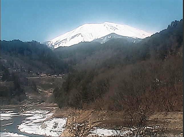 御岳湖南岸のライブカメラ