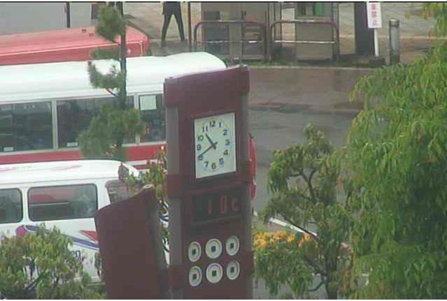 上田駅前の温度計が見れるライブカメラ