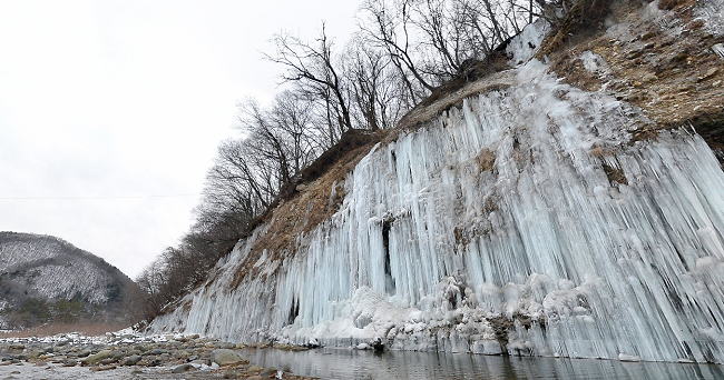 白川氷柱群のライブカメラ